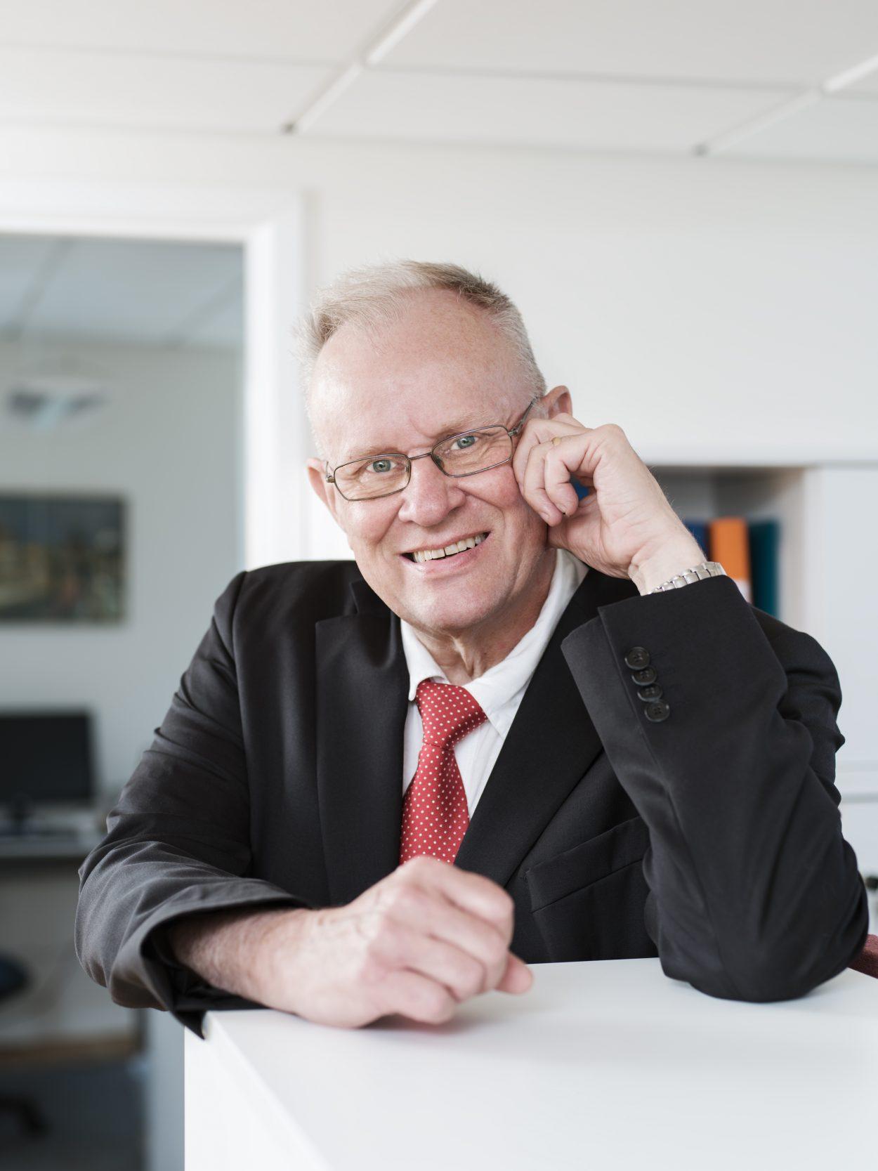 Foto på Åke Lewensjö advokat på Front Advokater