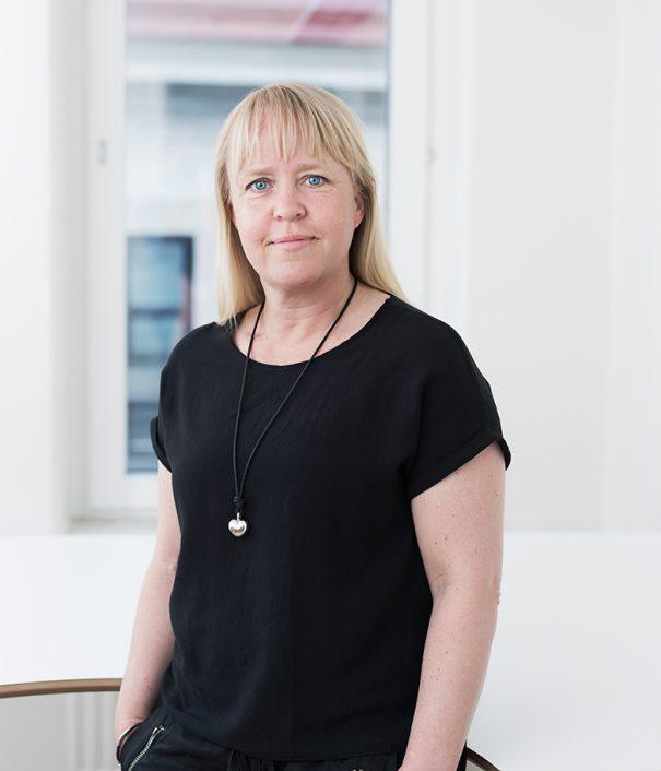 Foto på Eva-Lotta Bengtsson juristassistent på Front Advokater
