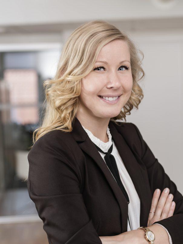 Foto på Malin Ekström jurist Front Advokater